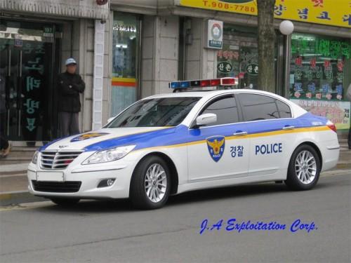 Hyundai Genesis Police Car